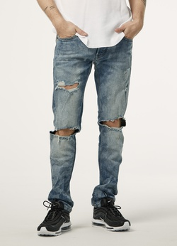jeans taille basse pour homme en ligne denim homme. Black Bedroom Furniture Sets. Home Design Ideas